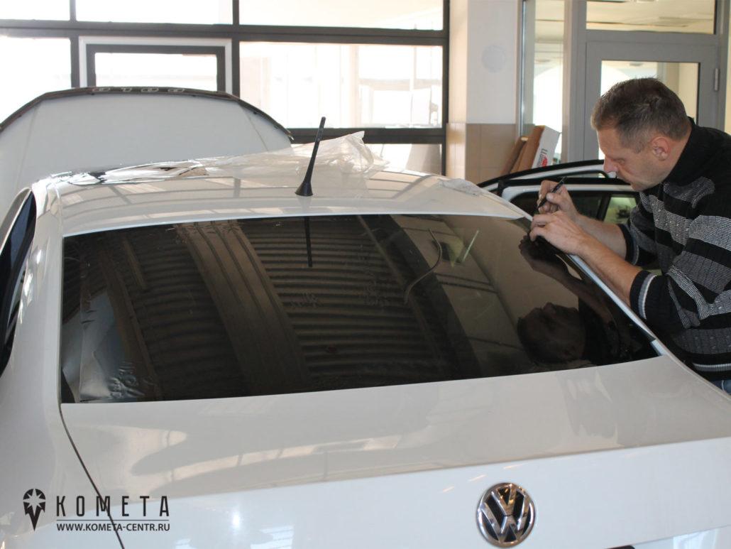 Тонированиезаднего стекла в автосервисе - Симферополь