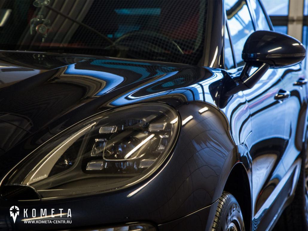 Авто покрытое жидким стеклом